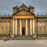 Dressing Blenheim Palace for Christmas