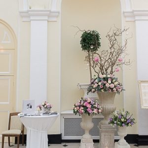 Fabulous Flowers at Blenheim Palace Wedding Fair