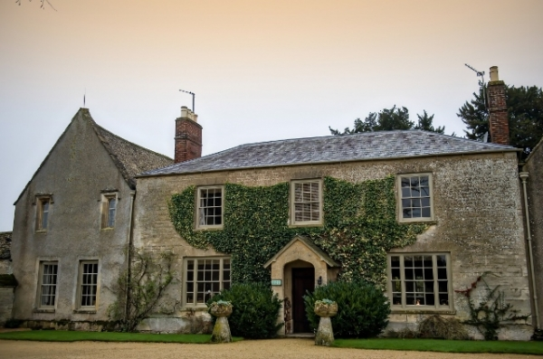 A Fabulous Winter Wedding at Caswell House