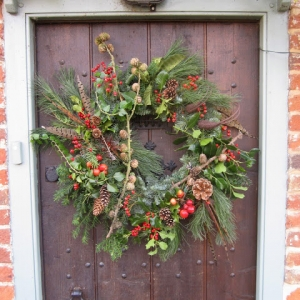 Fabulous Christmas Door Wreaths for Oxfordshire's Best Dressed Doors