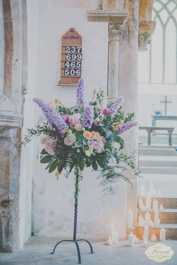 Stylish, Scented Wedding Flowers at Sulgrave Manor