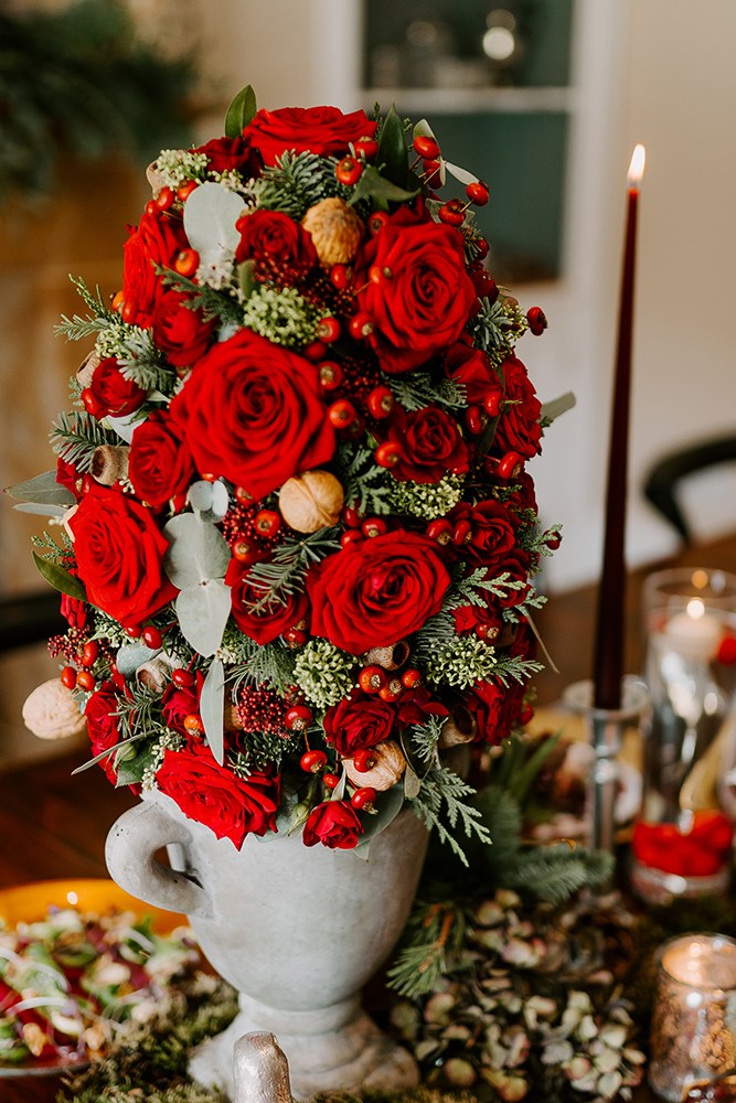 Seasonal Decorating with Fabulous Flowers