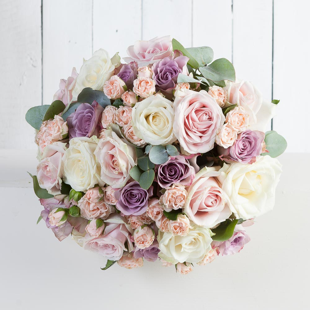 luxury vintage rose bouquet florist oxford Fabulous Flowers