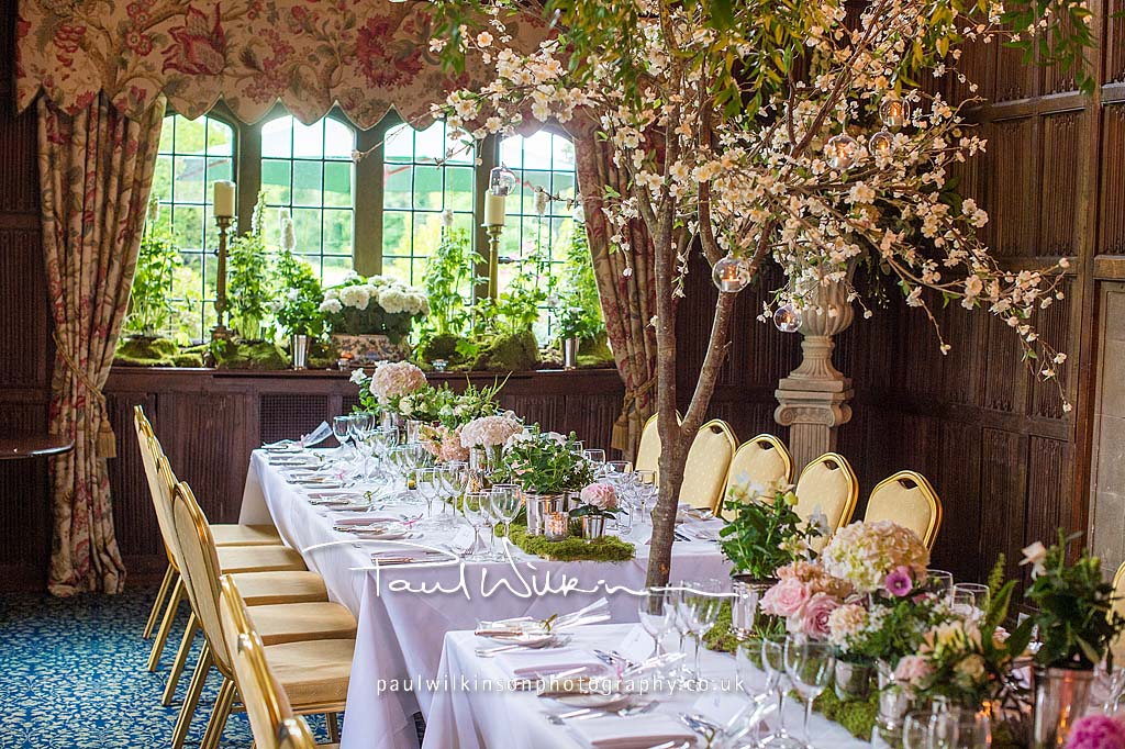 Enchanted garden wedding fabulous flowers for Enchanted gardens wedding venue