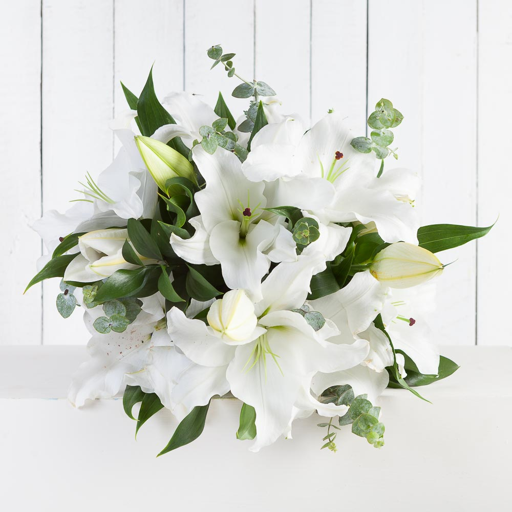 White Lily Bouquet | Fabulous Flowers